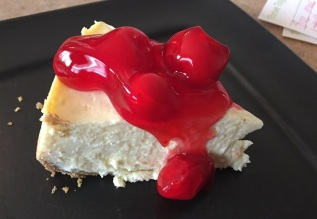 cheesecake-with-cherrries